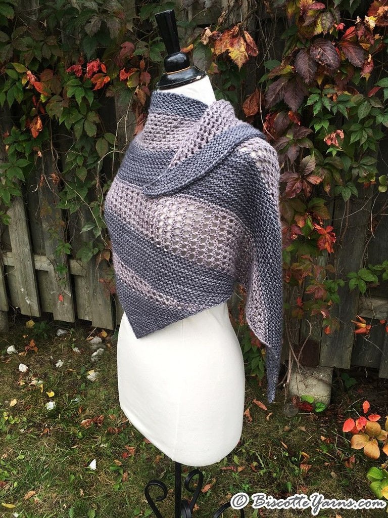 "Knitting pattern | ""Le Biscornu"" shawl - Biscotte yarns  - 1"