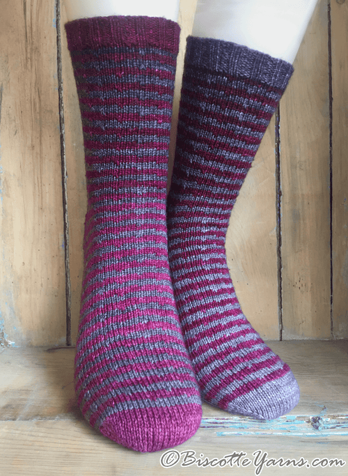 Free socks pattern - The 2 make a pair (Les 2 font la paire)