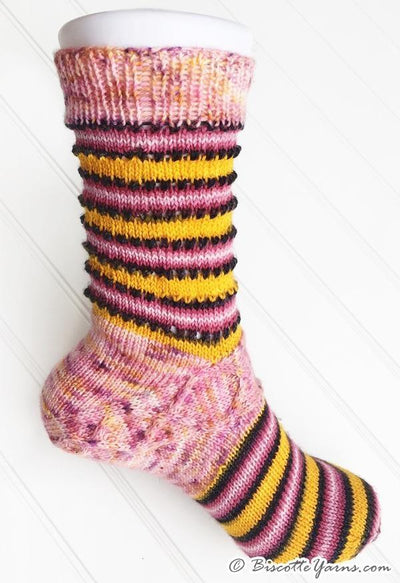 Mary-Jane Memories Sock Pattern - Biscotte yarns