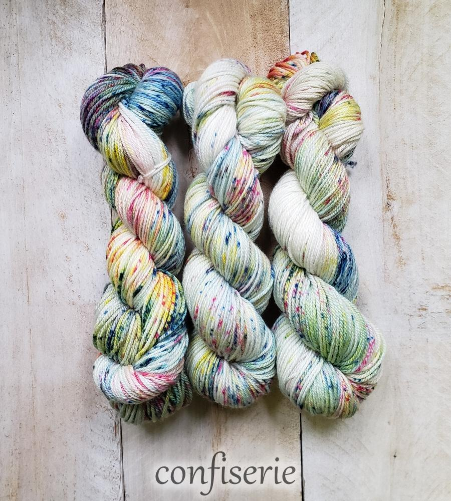 DK PURE | speckled dk weight yarn Confiserie