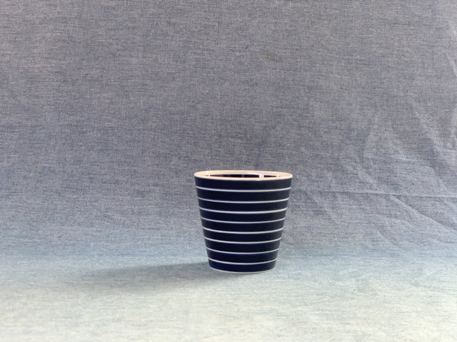 Arita Porcelain Lab Cup (Blue w white stripes)
