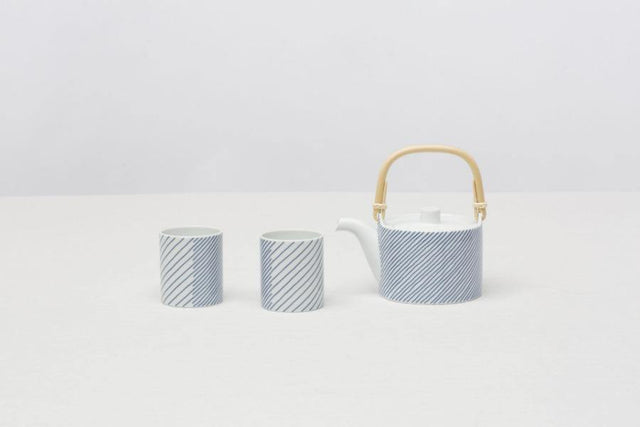 Stripes Tea Pot