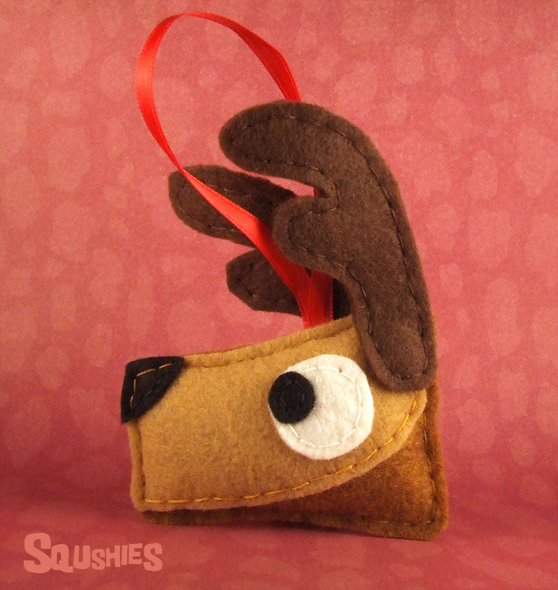 felt reindeer holiday ornament