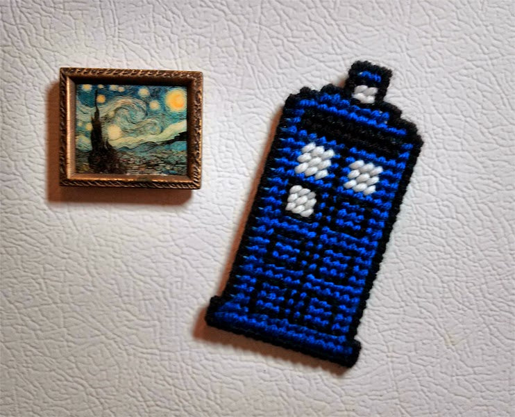 Craftypodes TARDIS - inspired Blue Police Box Magnet