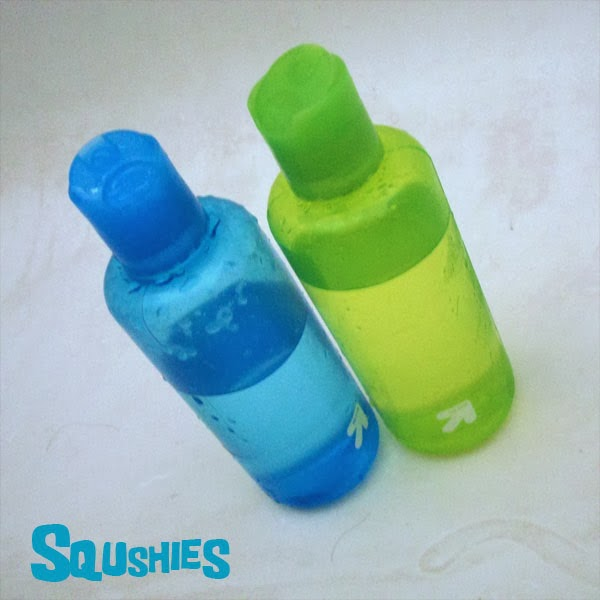 travel shampoo bottles