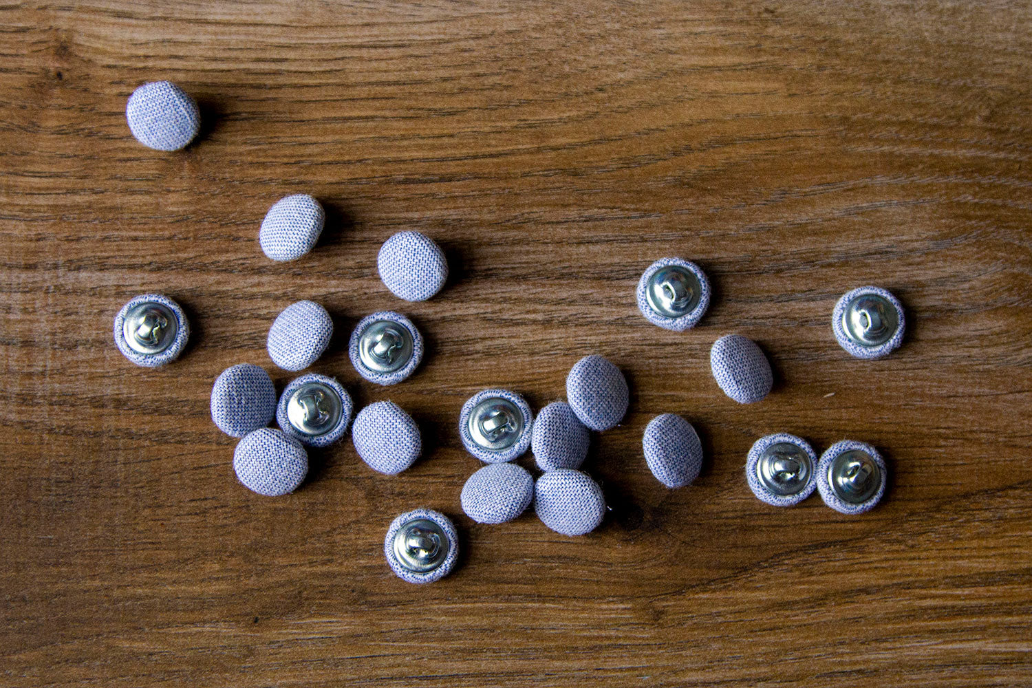 "1/2"" (1,3 cm) Chambray Buttons"