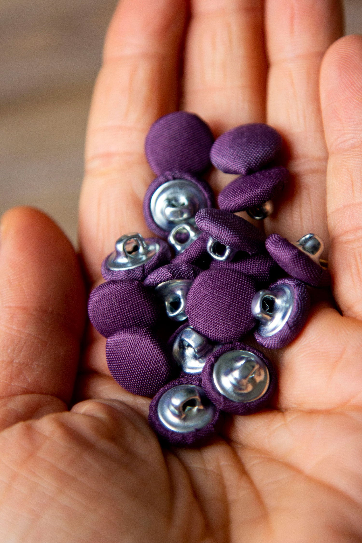 "1/2"" (1,3 cm) Dark Purple Button"