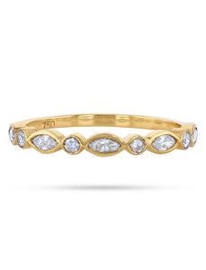 Skinny diamond ring (marquise)