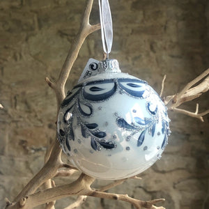 Delft style glass bauble
