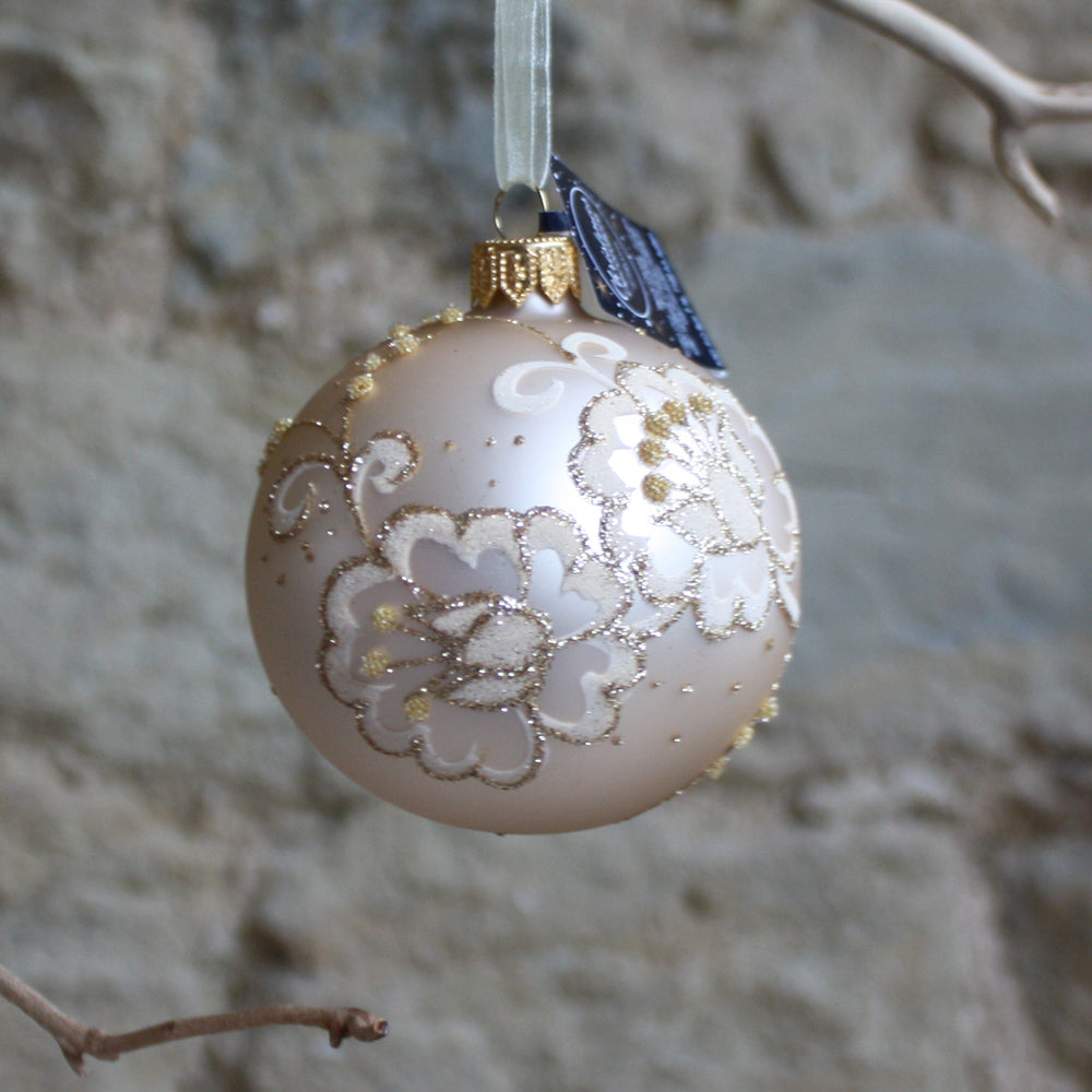 Glass gold bauble flowers