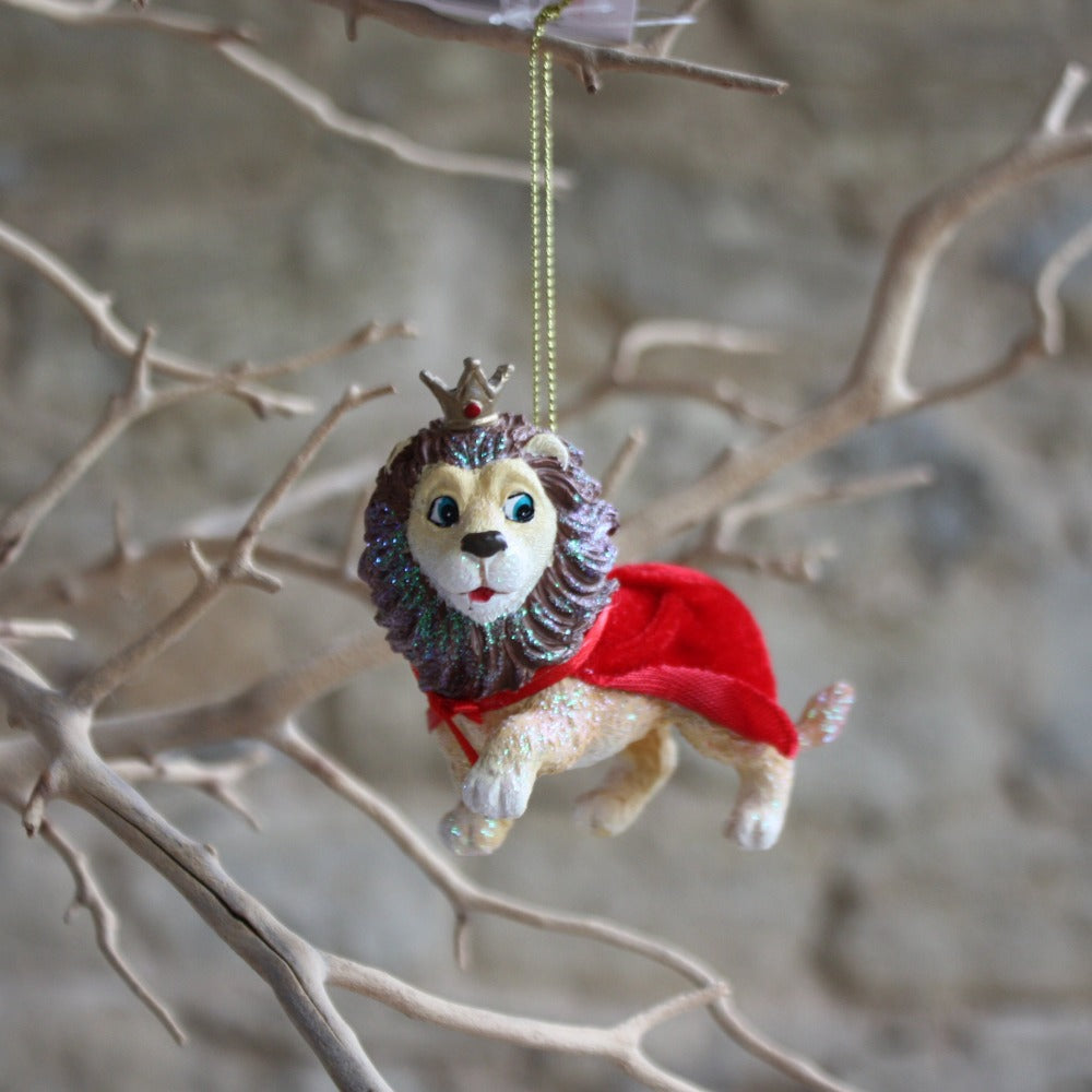 Resin Lion with Cape