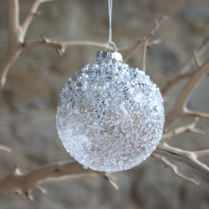 Crushed Glass Bauble with Silver Glitter/Pearl
