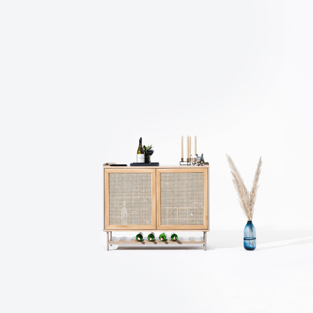 Wrap Wicker Bar
