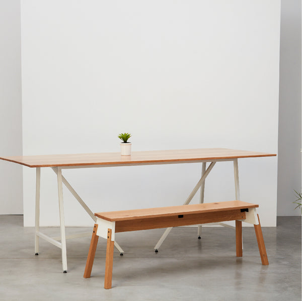 Quedro Dining Table