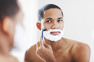Men: This Is How You Shave to Avoid Razor Bumps