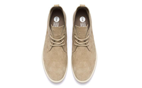 Strayhorn Unlined Chukka Mojave Pig Suede