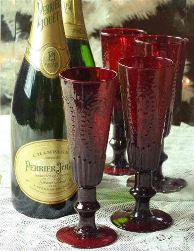 Ruby's Toast Champagne Flutes - Bear Essentials Interiors