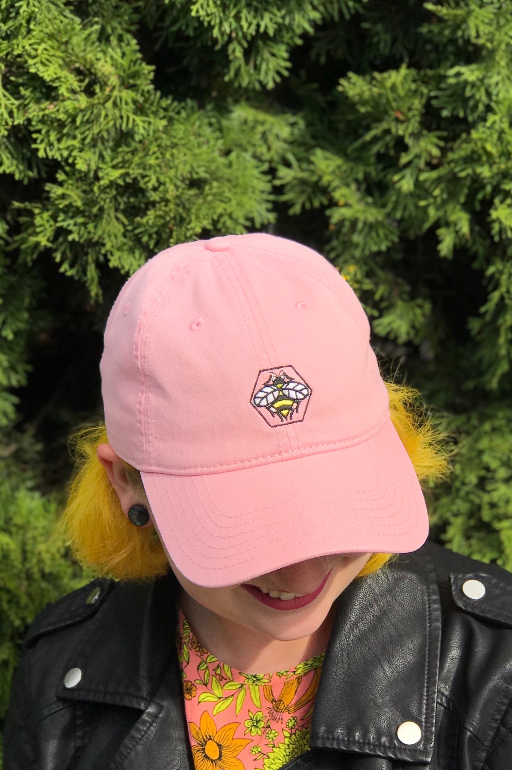 bee | pink | dad hat