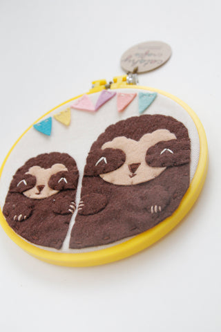 2 Sloths with Banner in Yellow Hoop / DCS Collection