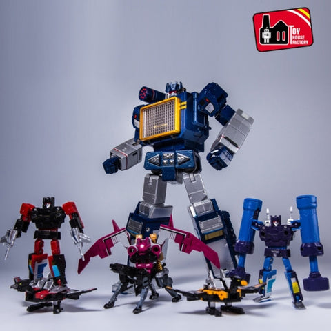 THF-01 Sonicwave KO Transformers MP-13 Soundwave