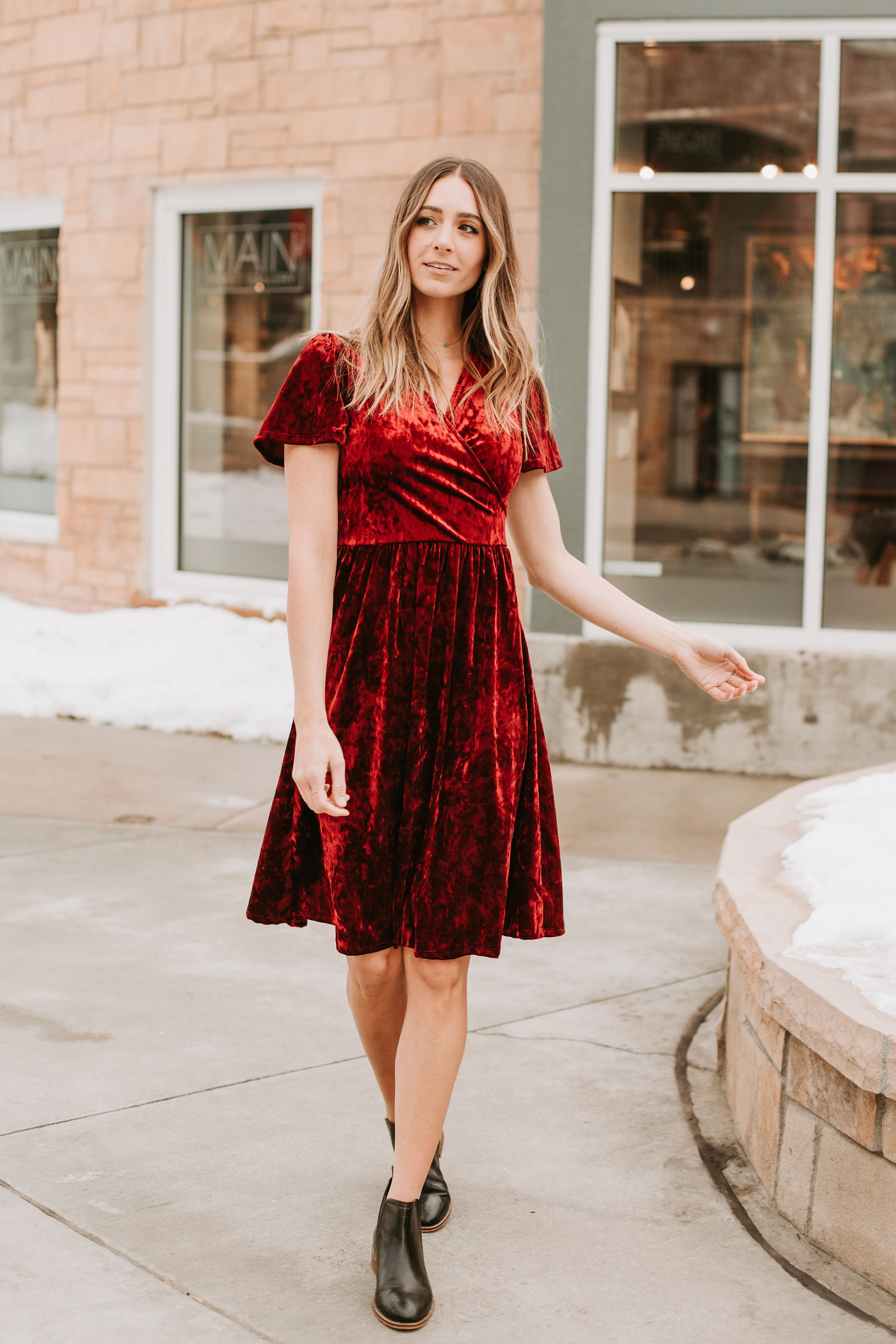 The Vera Velvet Dress in Burgundy