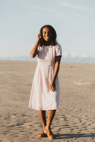 Piper & Scoot: The Staten Paisley Midi Dress in Rose