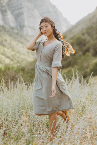 Piper & Scoot: The Staten Paisley Midi Dress in Burnt Siena