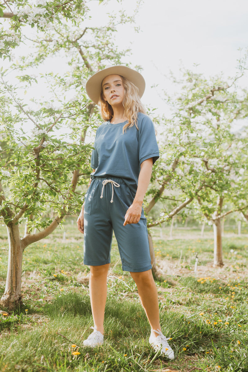 Piper & Scoot: The Kit Casual Top in Denim Blue