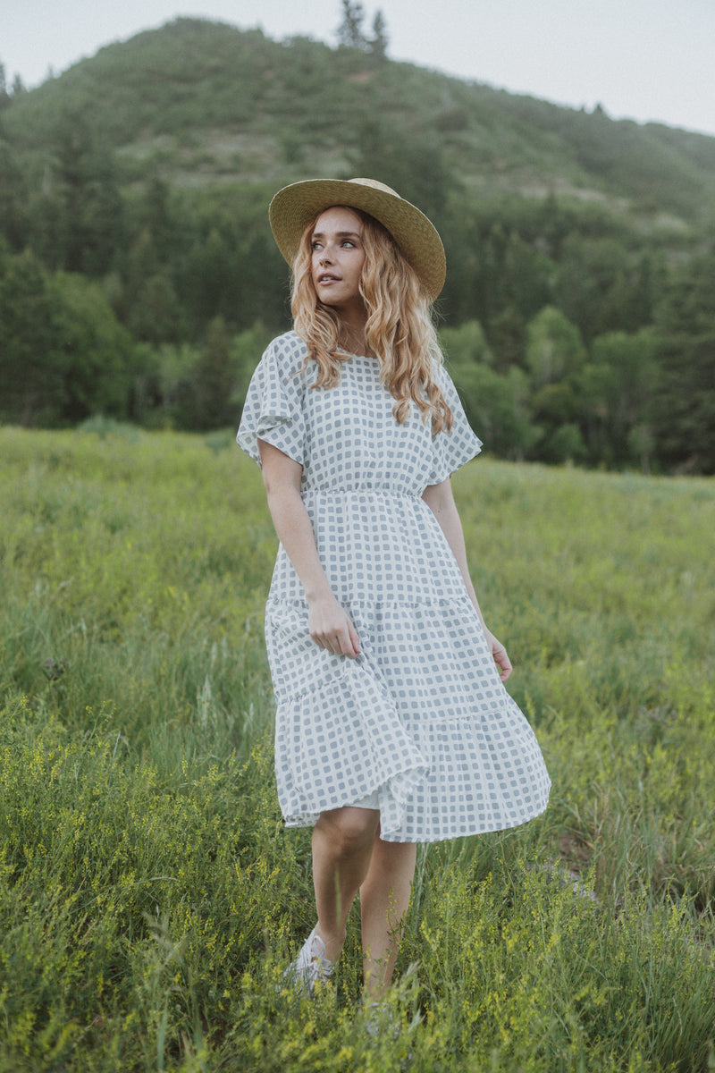 The Toni Grid Tiered Dress in Sky
