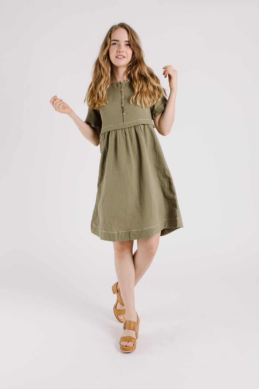 Piper Scoot Peasant Dress In Olive Green