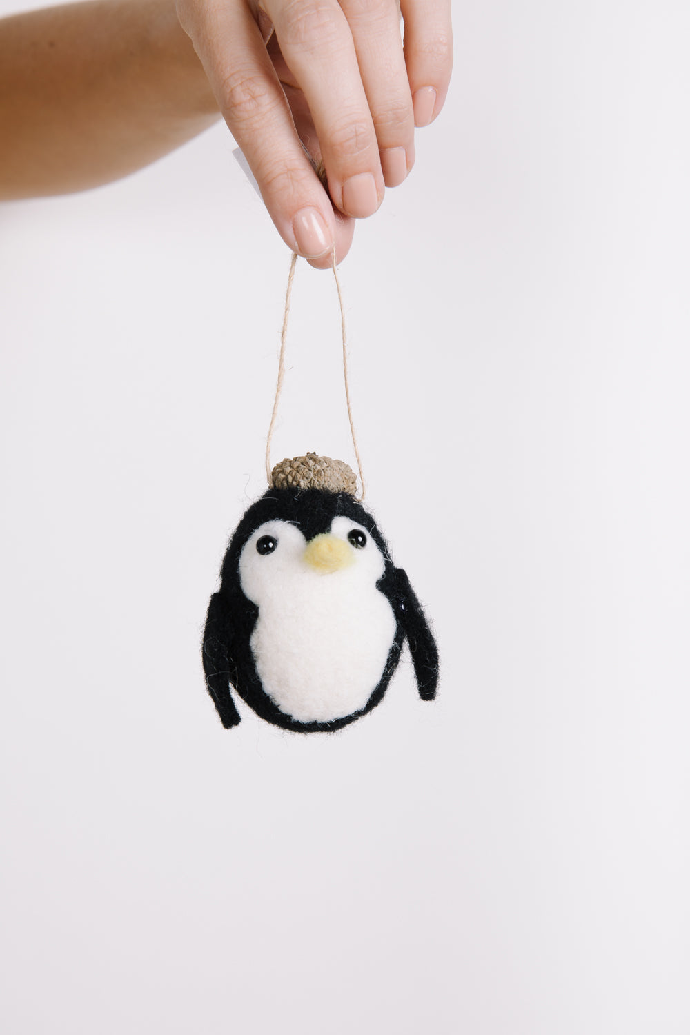 HOLIDAY: Penguin Felt Bauble Ornament