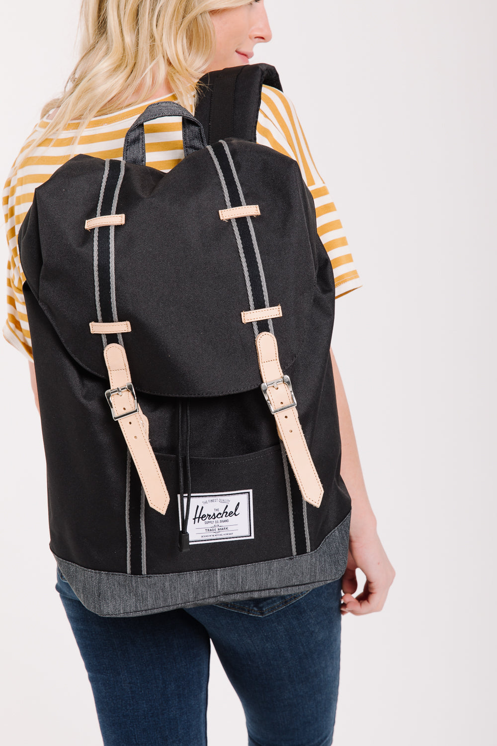 Herschel: Retreat Backpack in Black/Black Denim