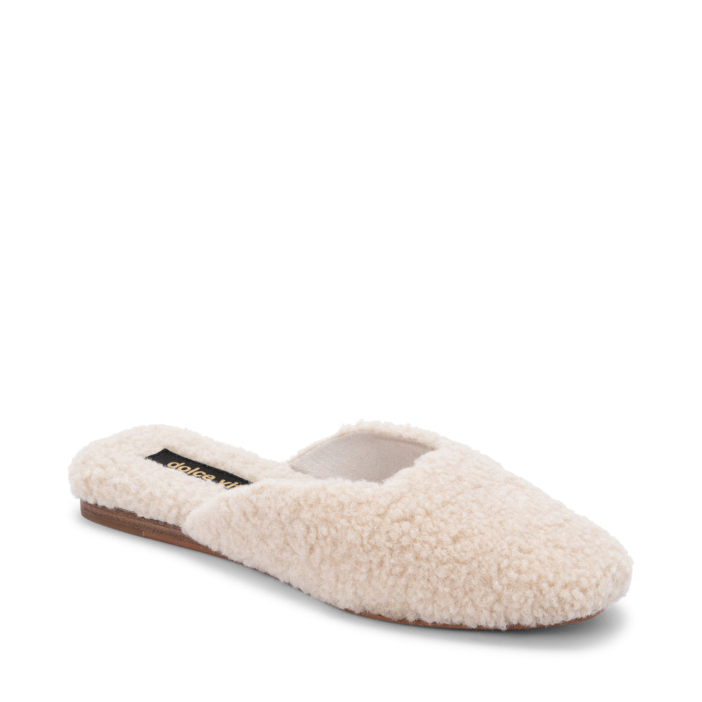 Dolce Vita: Saydee Slipper in Natural Plush, studio shoot; front view