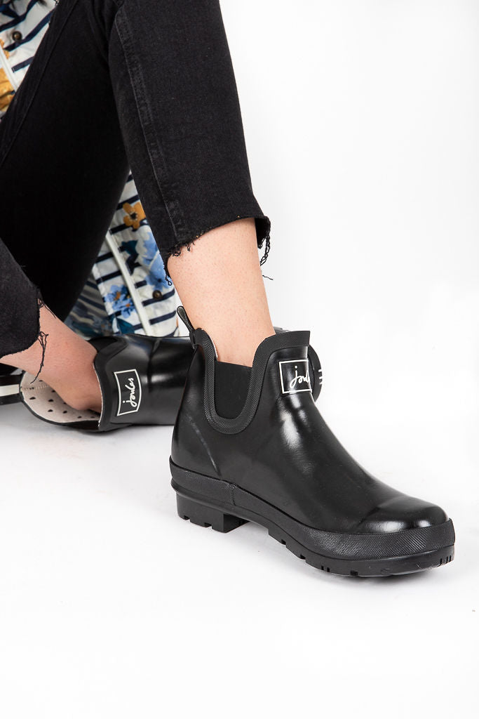 Joules: Wellibob Short Rain Boots in Gloss True Black