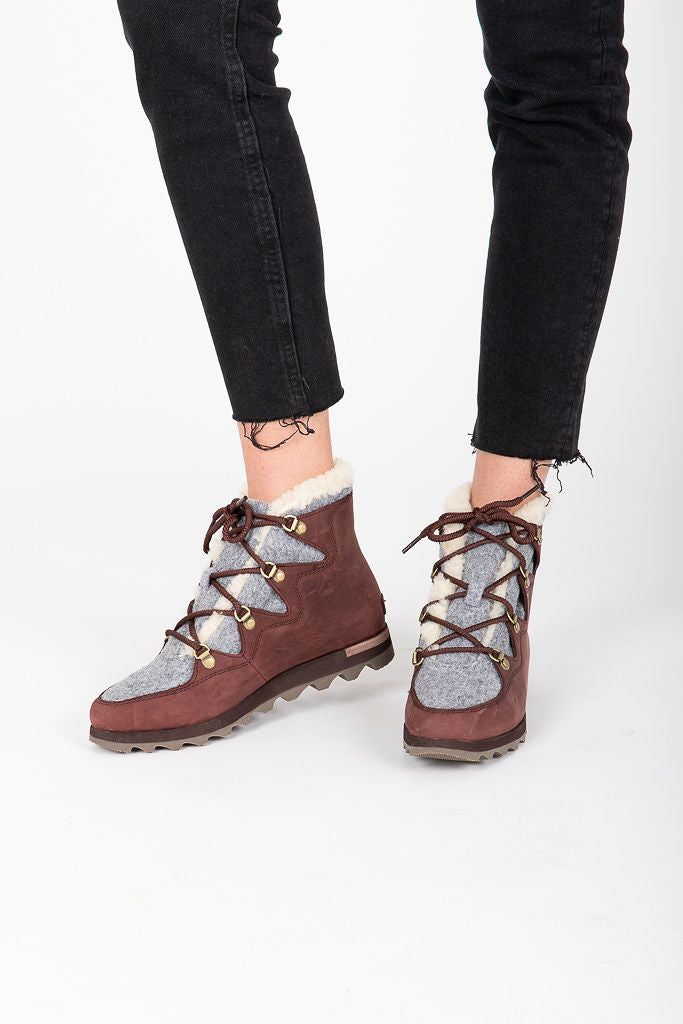 SOREL: Sneakchic Alpine Boot in Cattail