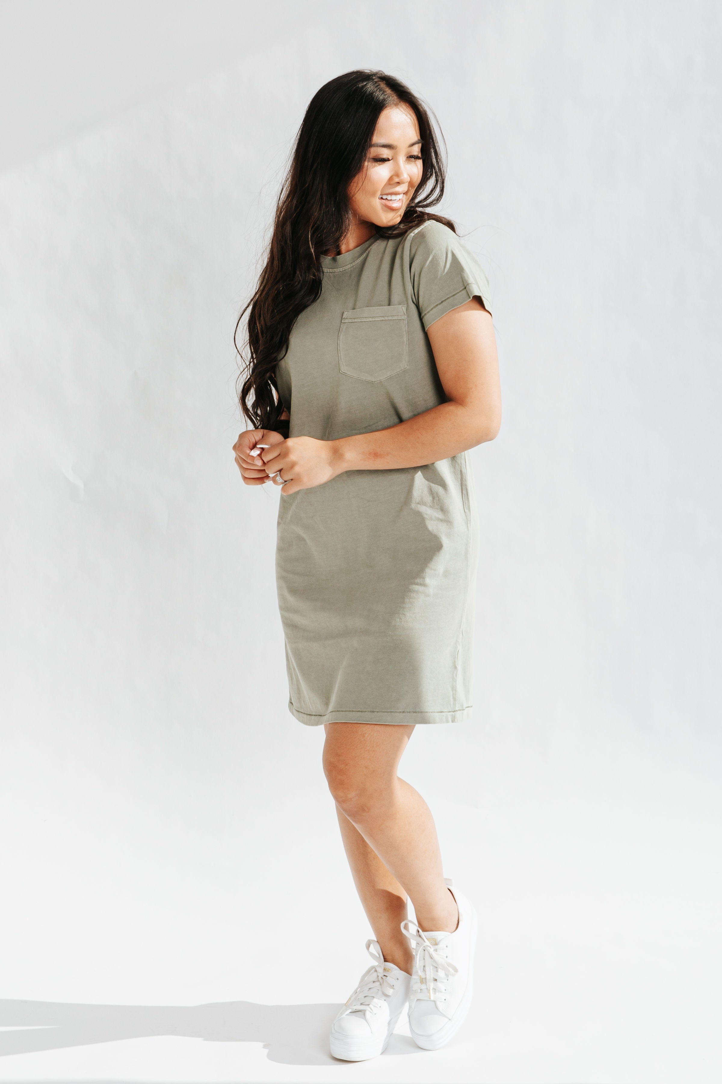 The Basic Fall Long Sleeve Dress in Hunter Green