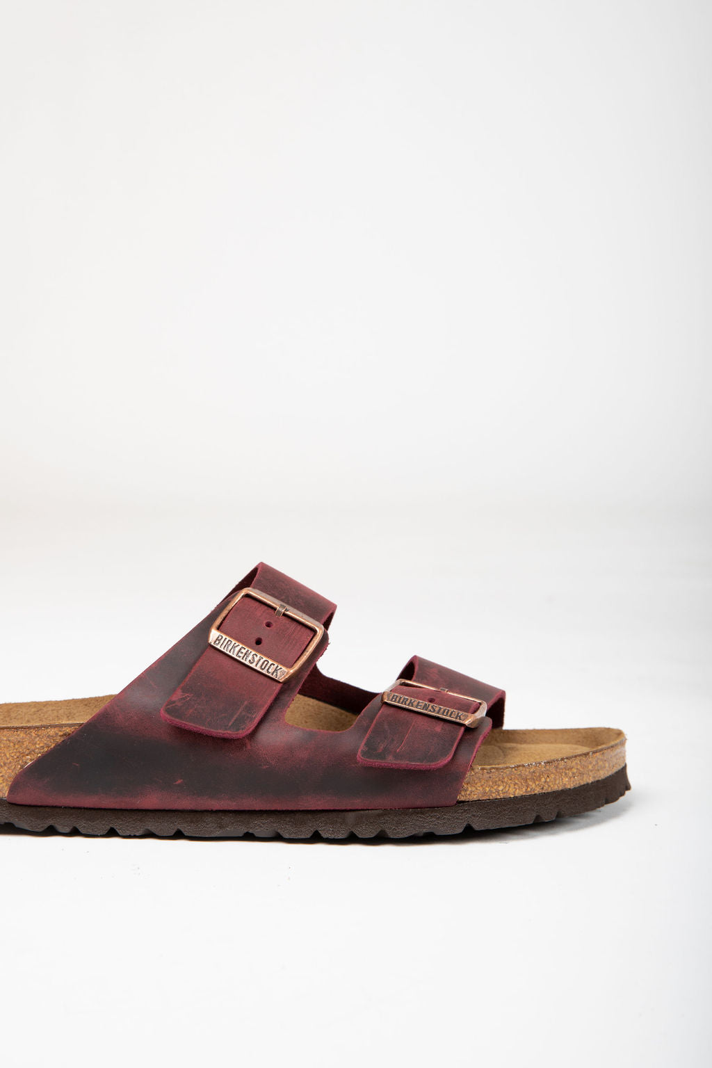 Birkenstock: Arizona Oiled Leather Soft Footbed in Zinfandel