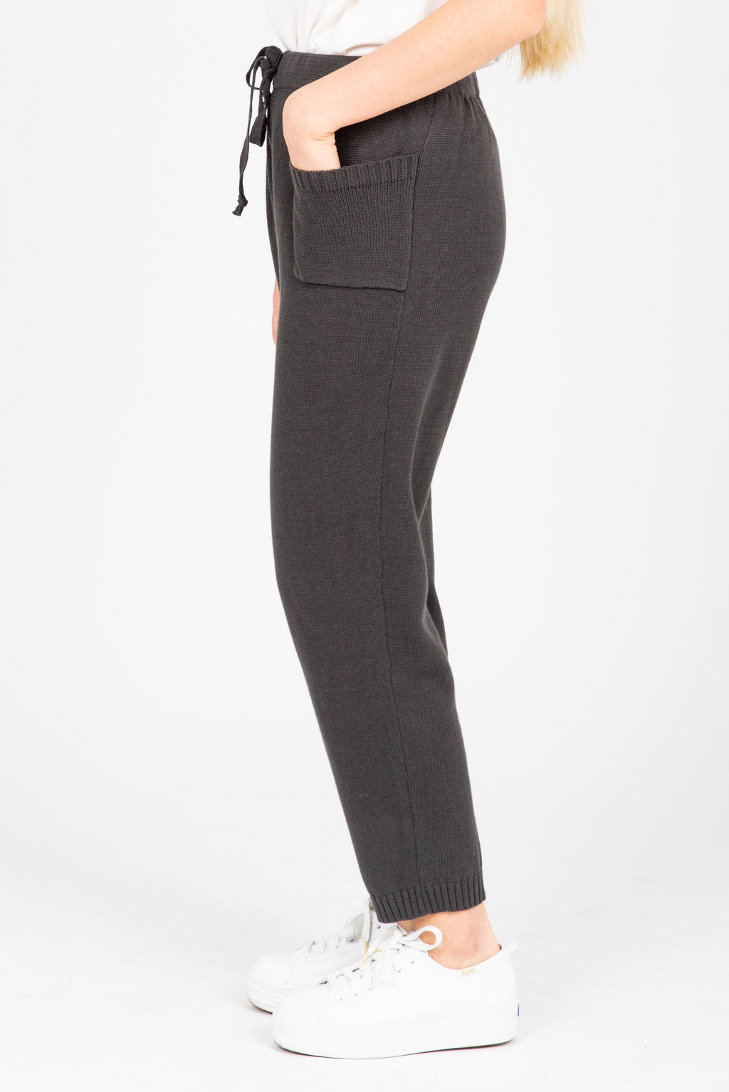 The Asami Knit Pocket Pants in Charcoal