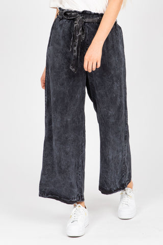 The Jack Wide Leg Denim in Dark