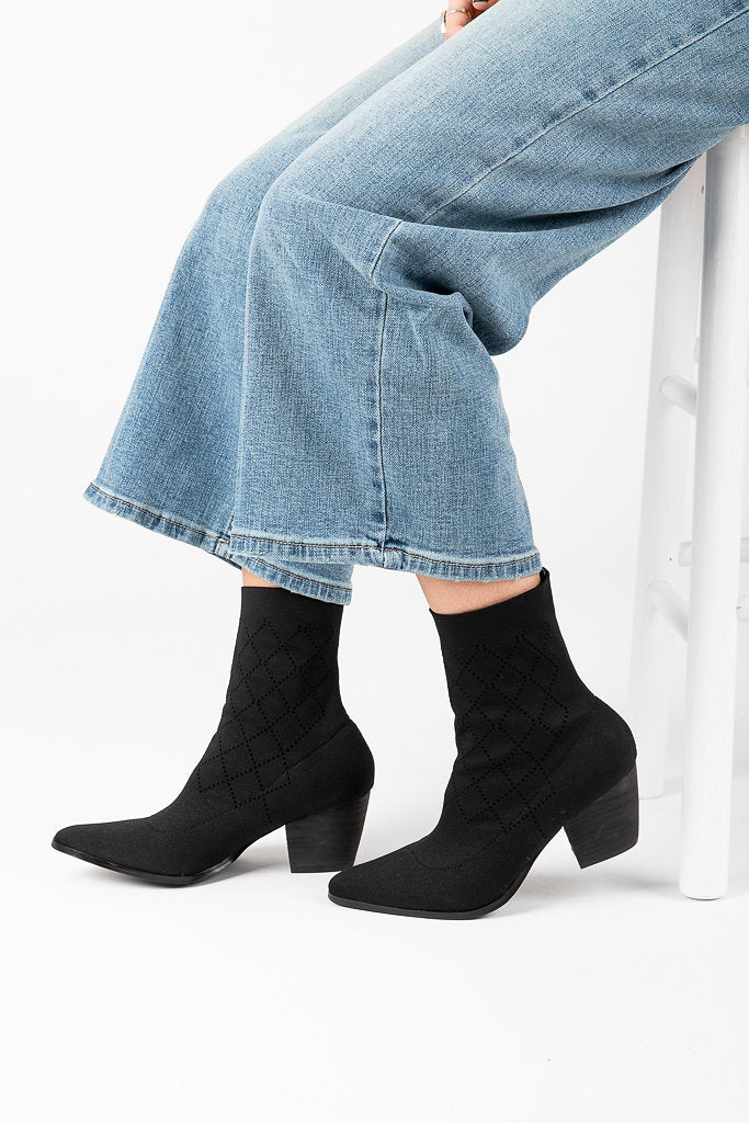 Coconuts by Matisse: Ghost Bootie in Black