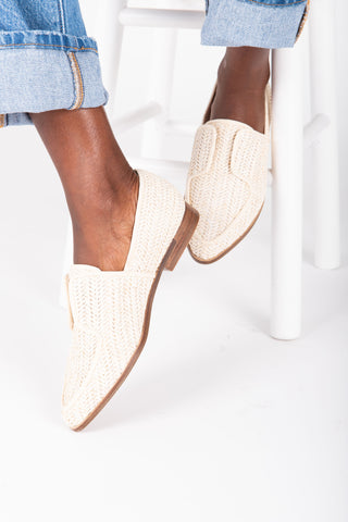 The Epic Pointed Business Mule in Light Grey + Camel