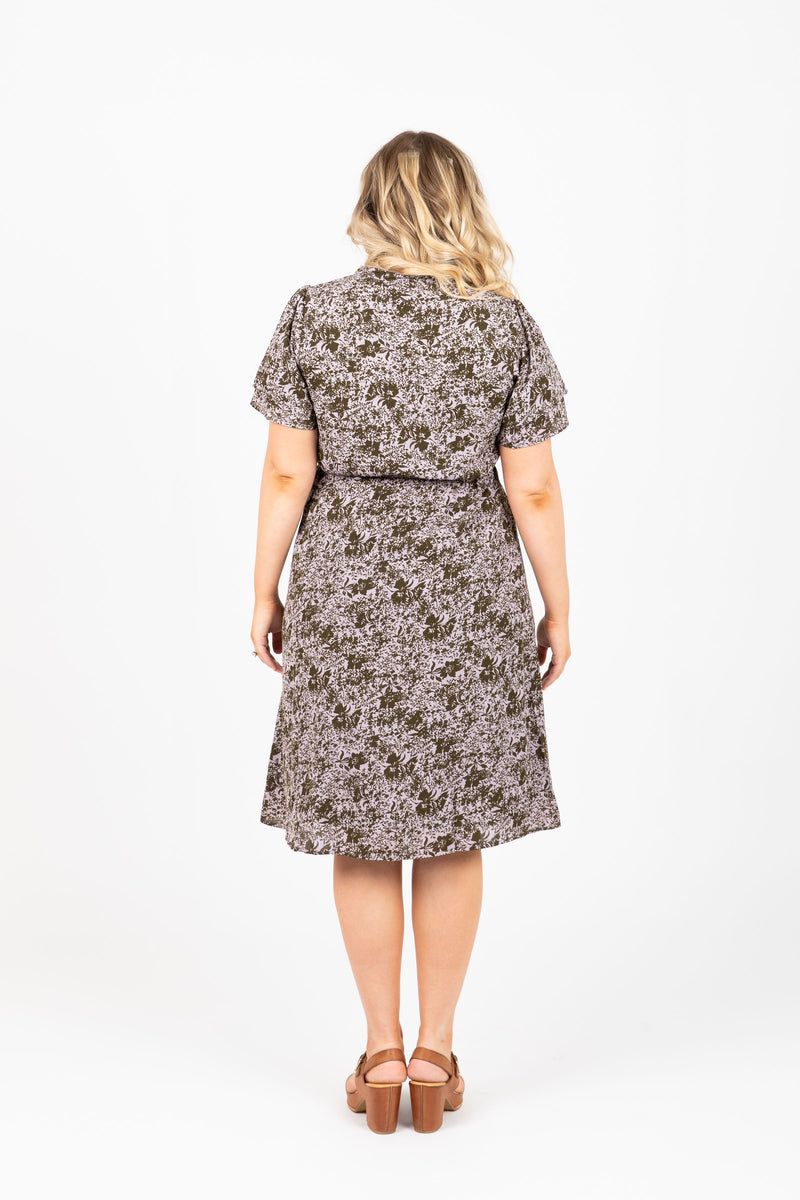 Piper & Scoot: The Gumdrop Floral Collared Dress in Lavender