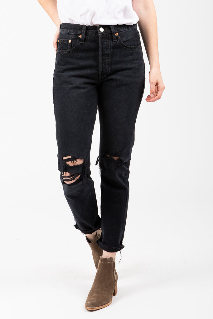 0bf66ca5a5ed8 Levi s  501 High Rise Skinny Jeans in Black Listed – Piper   Scoot