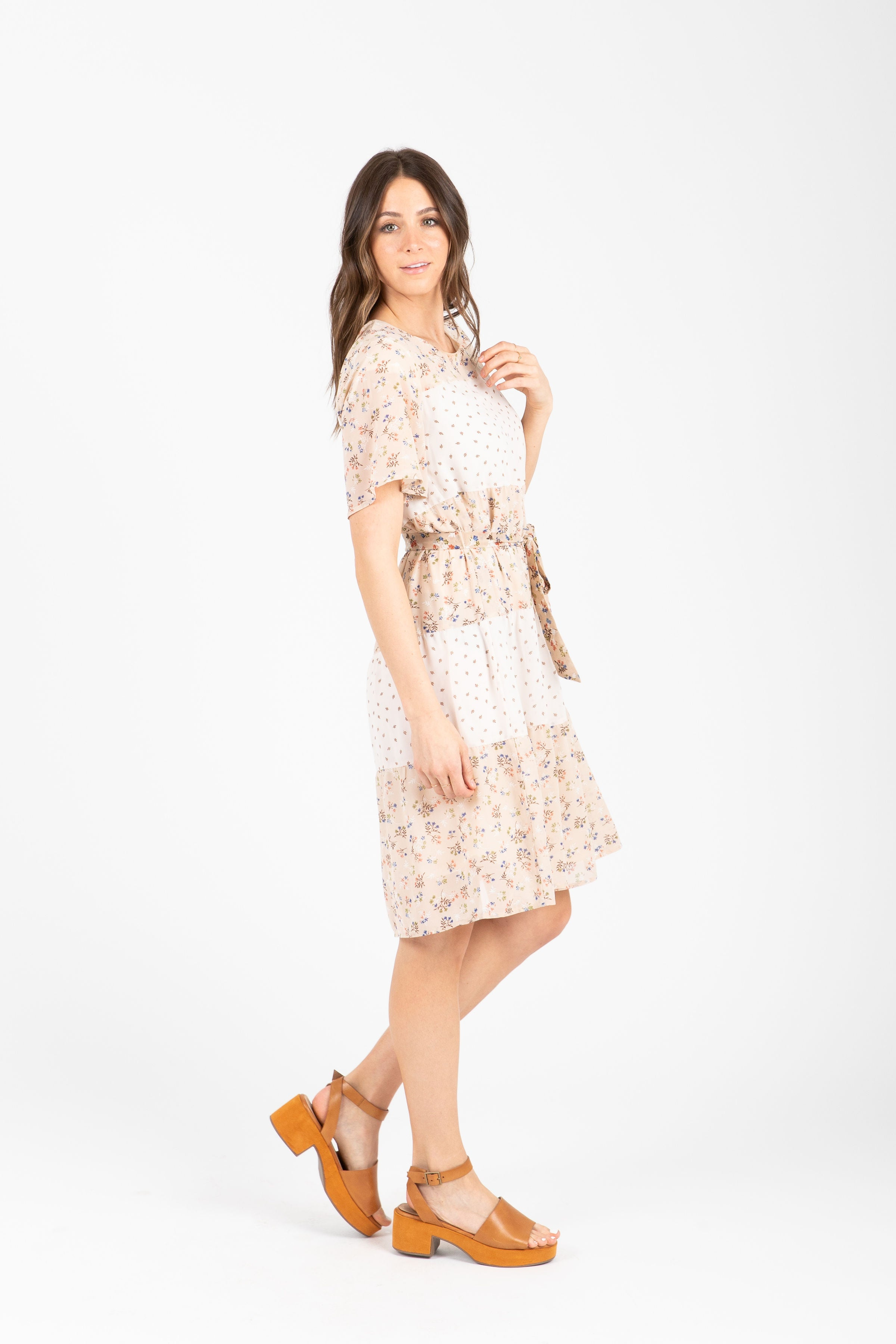 The Flash Tiered Contrast Dress in Taupe