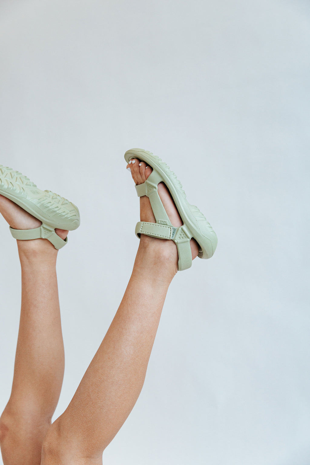 Teva: Hurricane Drift in Sage Green, studio shoot; side view