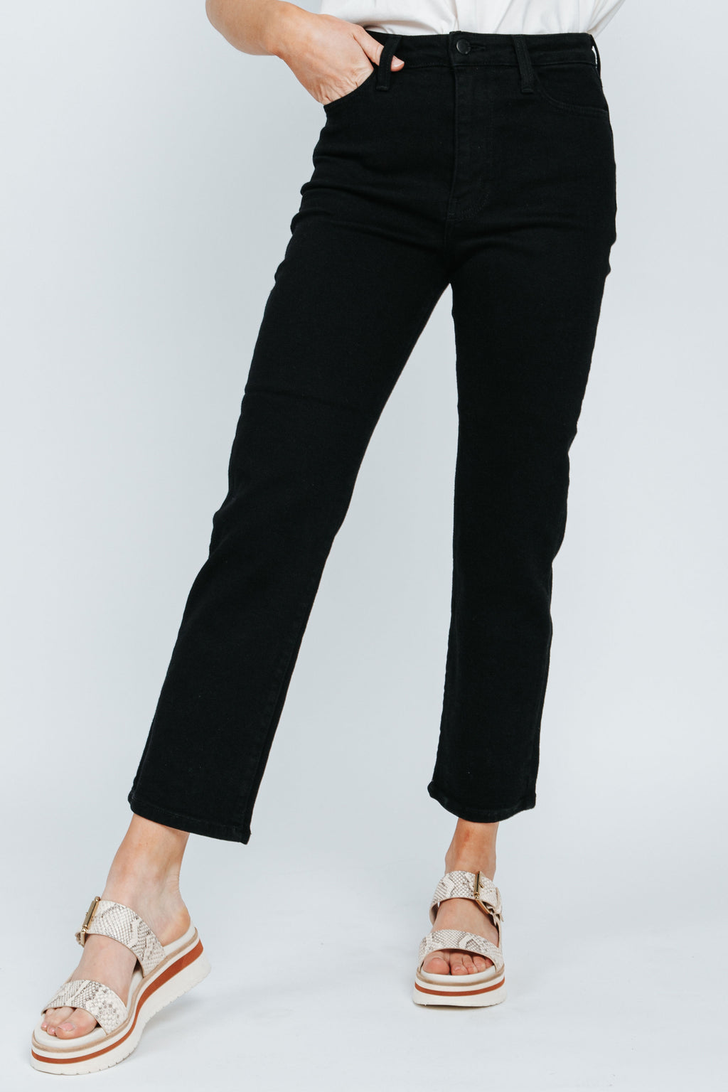 Letter To Juliet: The Siena High Rise Straight Jean in Black, studio shoot; front view