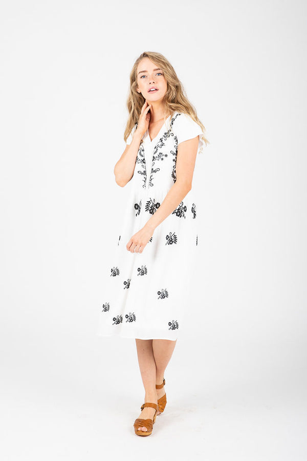 Piper & Scoot: The Brandi Embroidered Dress in White