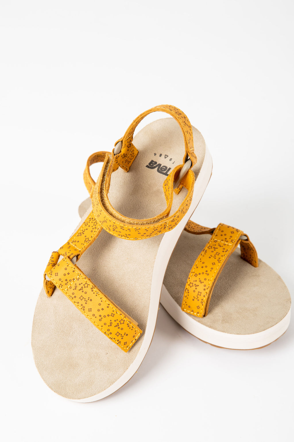 Teva: Midform Universal Star in Sunflower, studio shoot; front view