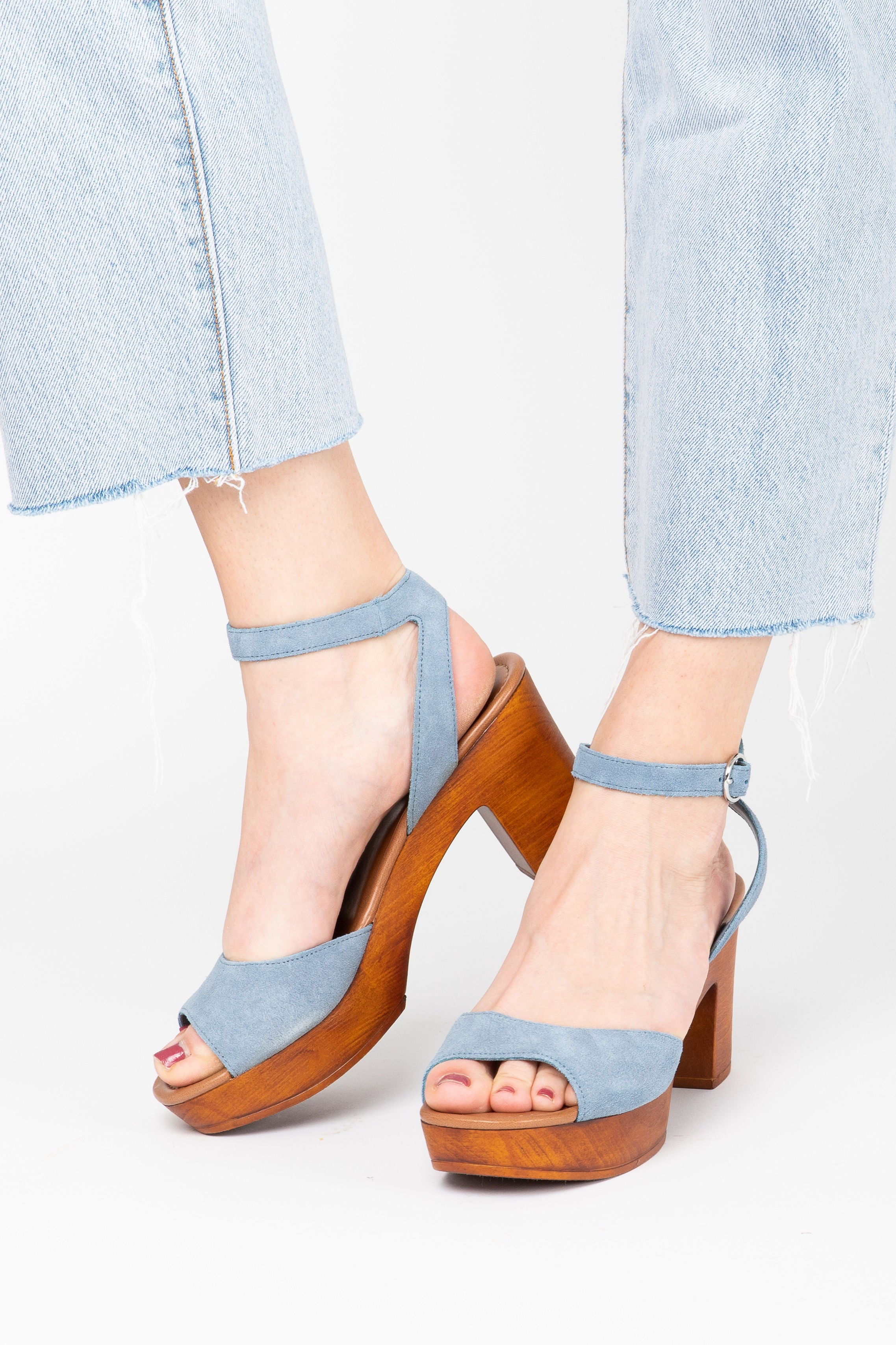 Steve Madden: Lonnie Chunky Heel in Light Blue