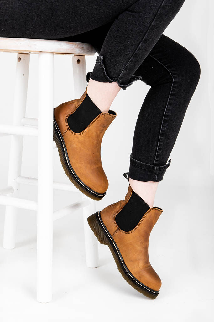 Musse + Cloud: Flika Booties in Camel